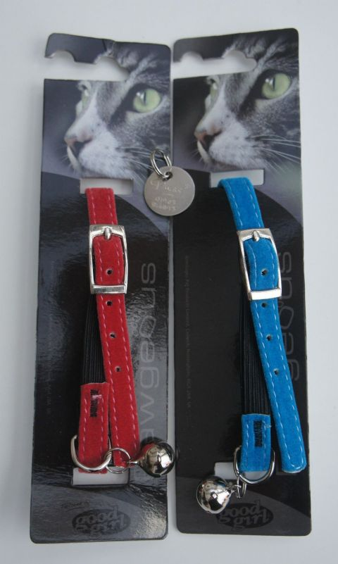 Blue or Red Good Girl collar.